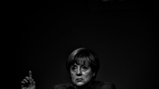power-and-ritual-27-angela-merkel-940x626-e1579028051877.jpg