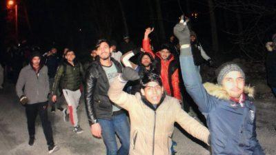 Κράτος υπό πολιορκία η Ελλάδα καθώς ο Ερντογάν θάβει τους νεκρούς του