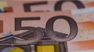 «Παγώνουν» οι δόσεις δανείων και οι οφειλές προς εφορία και ΕΦΚΑ