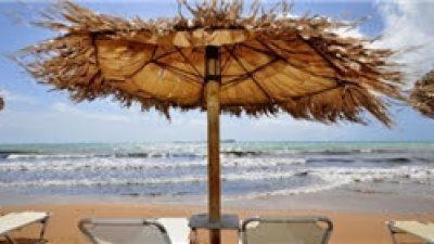 Politico: Γιατί είναι χαμένο το φετινό καλοκαίρι για τον τουρισμό σε όλη την Ευρώπη