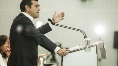 Προεκλογική επίθεση Τσίπρα στον Μητσοτάκη. Τι είπε για τα 20 εκατ. στα ΜΜΕ