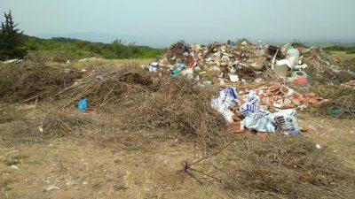Δήμος Αμφίπολης : Γκρίνια για τα σκουπίδια στο Ροδολίβος ( φωτο )