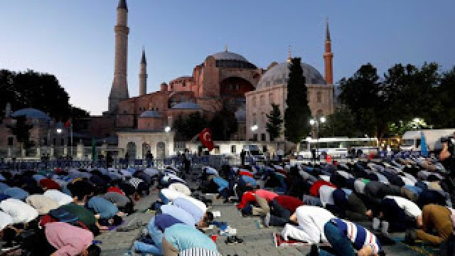 TURKEY-MOSQUE-HAGIA-SOPHIA-FILIPPONE-100720.jpg