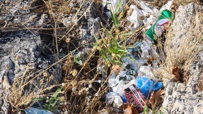 Σέρρες : Σκουπιδότοπος η Ακρόπολη ( φώτο )