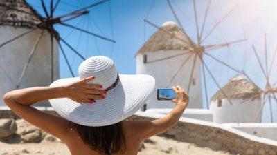 """Η κορωνο-τρομοκρατία """"εξαφάνισε"""" ακόμα και τον εσωτερικό τουρισμό"""