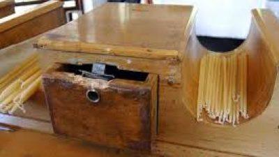 Δήμος  Εμμανουήλ Παππά : Είχαν  ¨¨΄ρημάξει ¨¨¨τα παγκάρια των εκκλησιών