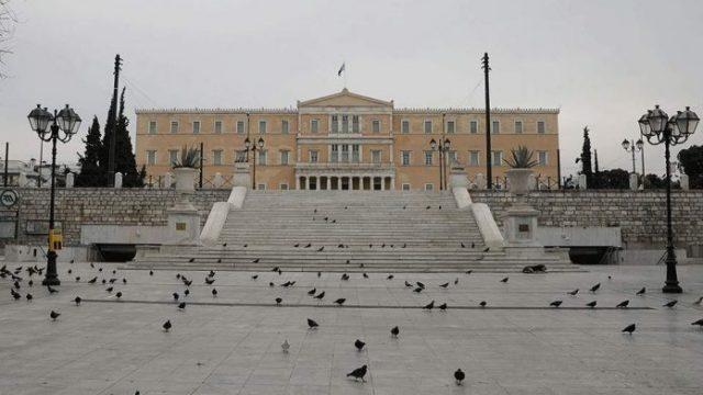 lockdown-syntagma-vouli-696x435-1.jpg