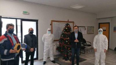 Σέρρες : Δωρεα ενός απινιδωτη στο ΕΚΑΒ από τον βουλευτή Τάσο Χατζηβασιλείου