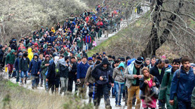 Idomeni_migrants_EPA_Nake_Batev.jpg