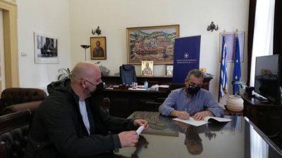 Π.Ε. Σερρών: Υπογραφή σύμβασης συντήρηση του πρασίνου στο οδικό δίκτυο