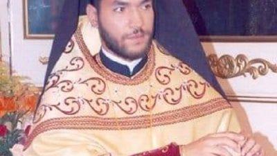 Ο Σερραίος ιερέας που επιτέθηκε με βιτριόλι στους Μητροπολίτες