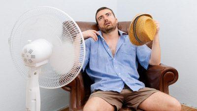 Αιφνιδιασμένοι οι Έλληνες που το καλοκαίρι κάνει ζέστη